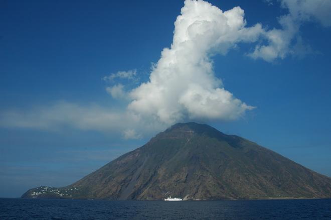 Vulkan Stromboli...V Is For Volcano